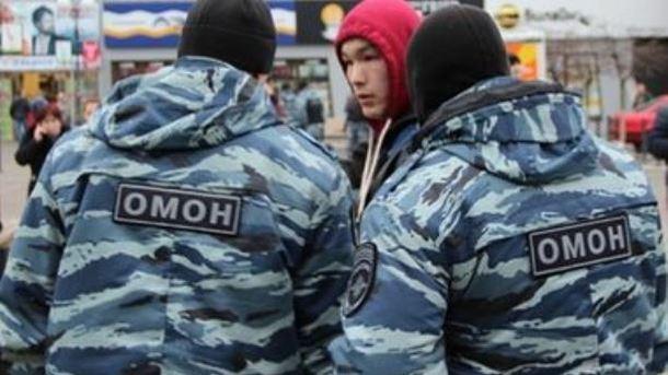 Оккупанты Крыма массово задерживают украинцев имусульман