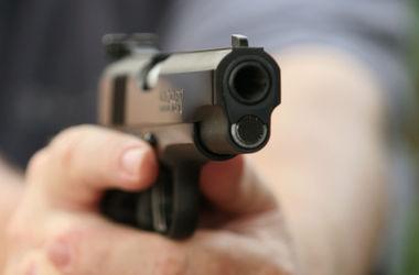 В Харькове пьяный мужчина подстрелил прохожую