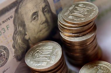 Курс валют от НБУ: доллар замер на пике, а евро резко рухнул