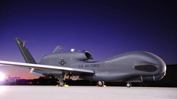 Беспилотник ВВС США провел разведку вдоль линии разграничения вДонбассе
