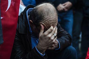 Более 20 человек пострадали в Турции при нападении на автобус