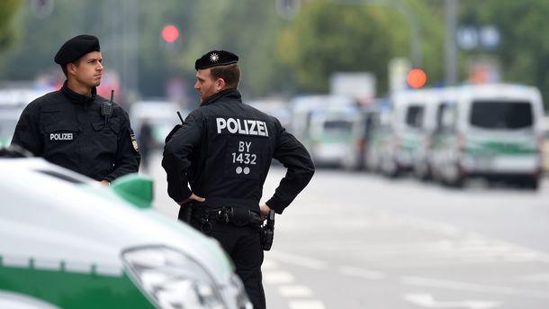 ВБельгии задержали 10 детей, готовивших теракты нарождественских ярмарках