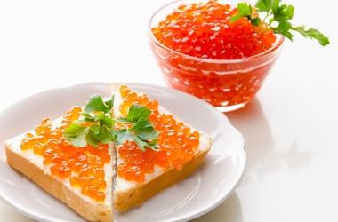 Украинцы стали чаще покупать деликатесы: топ-10 импортных продуктов