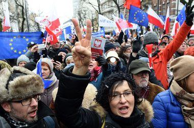 Почему начался политический кризис в Польше