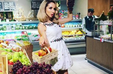 Светлана Лобода и Кайли Миноуг носят одинаковые комбинезоны за 55 тысяч гривен (фото)