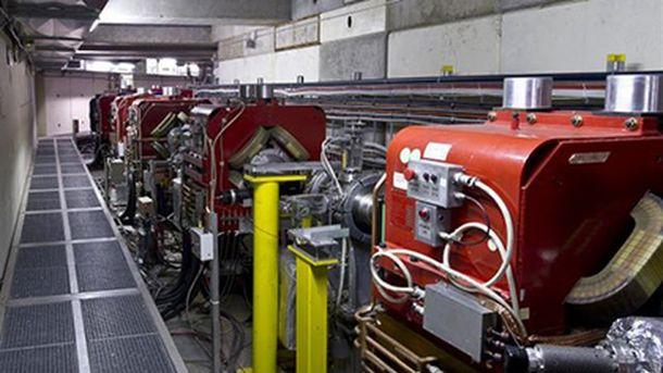 Профессионалам ЦЕРН впервый раз удалось измерить оптический спектр антиматерии