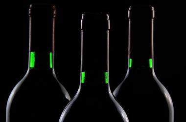 В Одессе изъяли контрафактный элитный алкоголь почти на миллион гривен