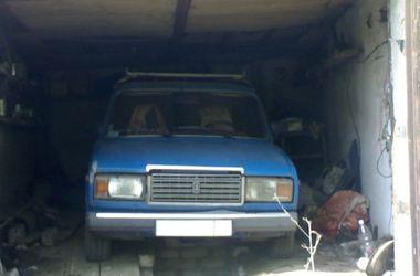В Львове в салоне собственного авто задохнулся мужчина