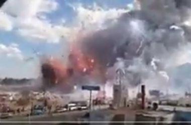 Десятки человек пострадали при взрыве на рынке фейерверков в Мексике