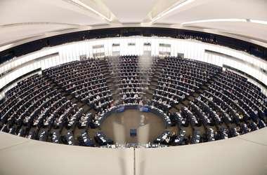 """В Европарламенте объяснили ситуацию с """"безвизом"""" для Украины и назвали ориентировочные сроки"""