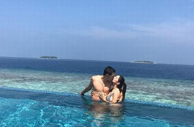 Тарас Степаненко с женой отдыхает на Мальдивах