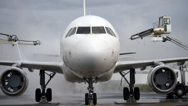 Требования захватчиков ливийского самолета пока неизвестны