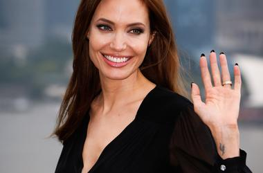 Анджелина Джоли удивилась новой просьбе Брэда Питта