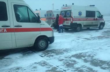 В Виннице экстренно сел медицинский самолет с ранеными  бойцами