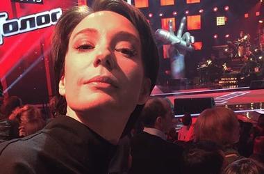 Актриса Чулпан Хаматова побрилась налысо