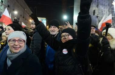 Польская оппозиция заявила о том, что продолжит протесты