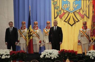 С резиденции нового президента Молдовы Додона сняли флаг ЕС - СМИ