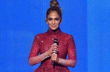 У Дженнифер Лопес случился нервный срыв из-за провала ее танцевального шоу
