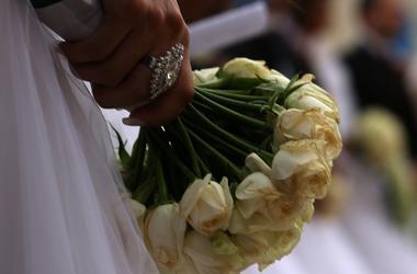Порно с невестой вызвало массовую драку на свадьбе