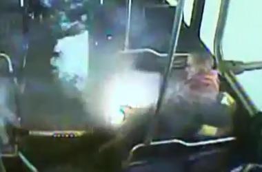 Электронная сигарета взорвалась в кармане пассажира