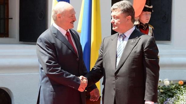 Лукашенко предложил Порошенко создать форум сотрудничества