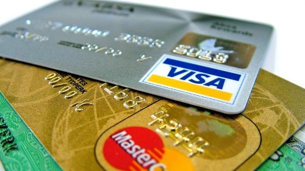 Приват: Мошенники придумали новую схему получения данных клиентов