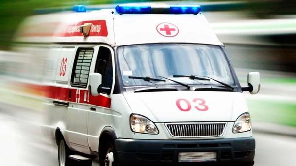 ВМариуполе 15-летняя девушка впала валкогольную кому из-за шампанского