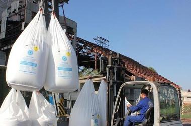 Украина вводит пошлины на импорт удобрений из России