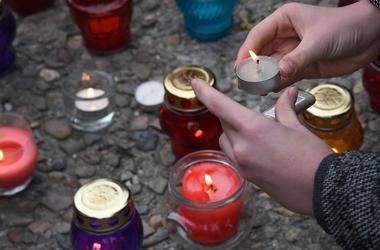 """""""Правый сектор"""" устроил """"чистку"""" возле российского консульства в Одессе"""