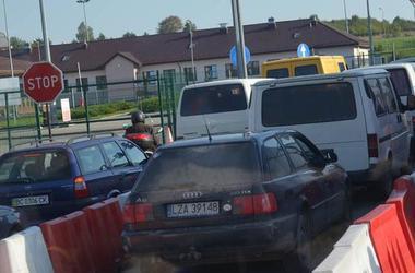 В очередях на границе с Польшей более тысячи авто
