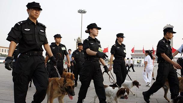 В КНР смертники атаковали правительственное строение