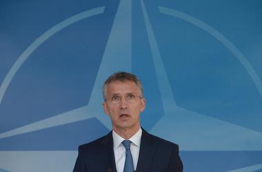 НАТО не видит прямой угрозы со стороны России - Столтенберг