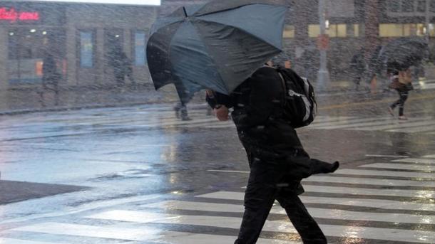 В 8-ми областях государства Украины объявлено штормовое предупреждение