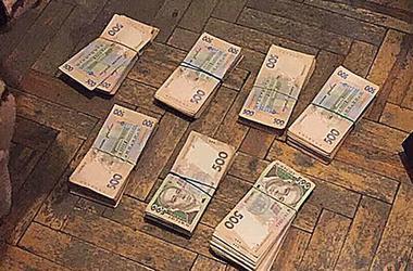 В Одессе чиновника Минобороны задержали на взятке в 350 тысяч гривен
