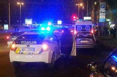 Человек, подстреливший мужчину и женщину в центре Киева, скрылся с места происшествия