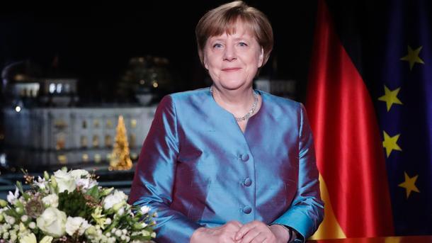 Меркель вновогоднем обращении призвала германцев поддержать EC
