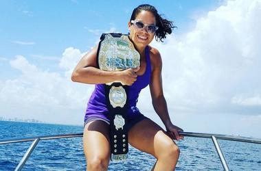 Девушка дня: Аманда Нуньес - первая чемпионка UFC с нетрадиционной ориентацией