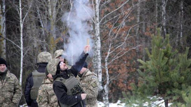 Бойцы спередовой АТО поздравили украинцев сНовым годом