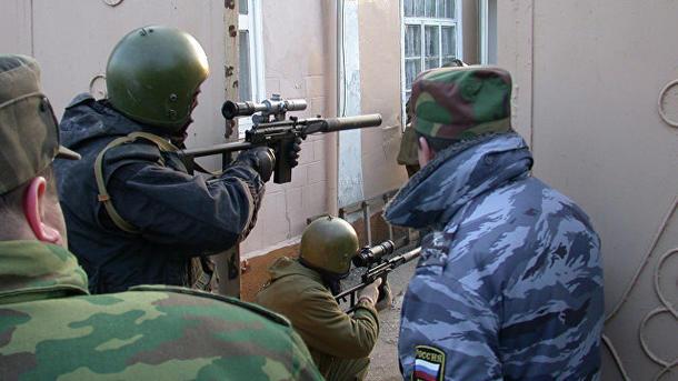 Вдагестанском селе Ямансу взяли штурмом дом спредполагаемыми боевиками