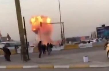 Появилось видео взрыва в Багдаде, убившего 35 человек