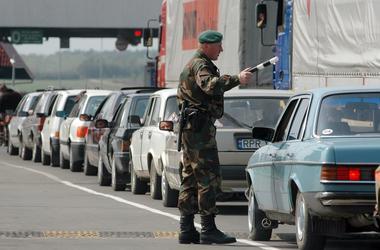 На границе с Польшей застряла почти тысяча авто - Госпогранслужба