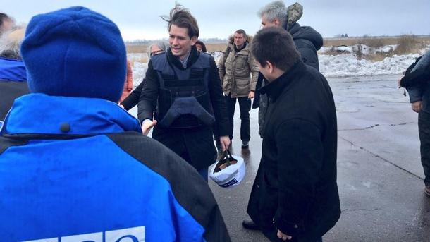 Себастьян Курц желает проследить самолично заситуацией вДонбассе