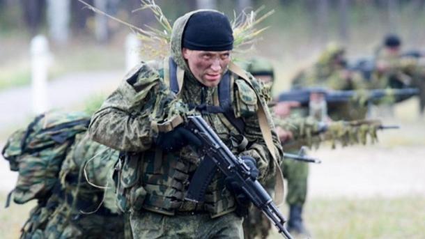 Полторак сказал, сколько внастоящее время военной техники ивойскРФ наДонбассе