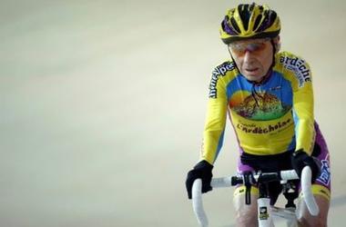 105-летний француз вошел в историю велоспорта