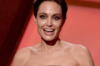 Анджелина Джоли одобрила просьбу Брэда Питта