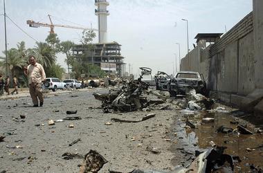 Террорист взорвал авто в Багдаде, есть погибшие