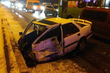 В Харькове столкнулись 7 автомобилей