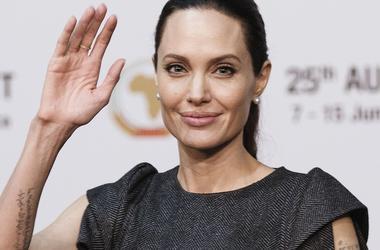 Анджелина Джоли впервые согласилась пойти на уступку Брэду Питту