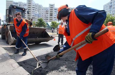 В Киеве реконструируют транспортную развязку на Троещине