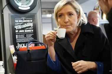 Победа Ле Пен может заморозить украинско-французские отношения - политолог
